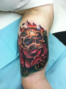tough_manly_sexy_hot_custom_realistic_traditional_illustrative_skull_rose_and_flame_inner_arm_tattoo_david_meek_true_til_death_tattoo_compay_ashtabula_ohio