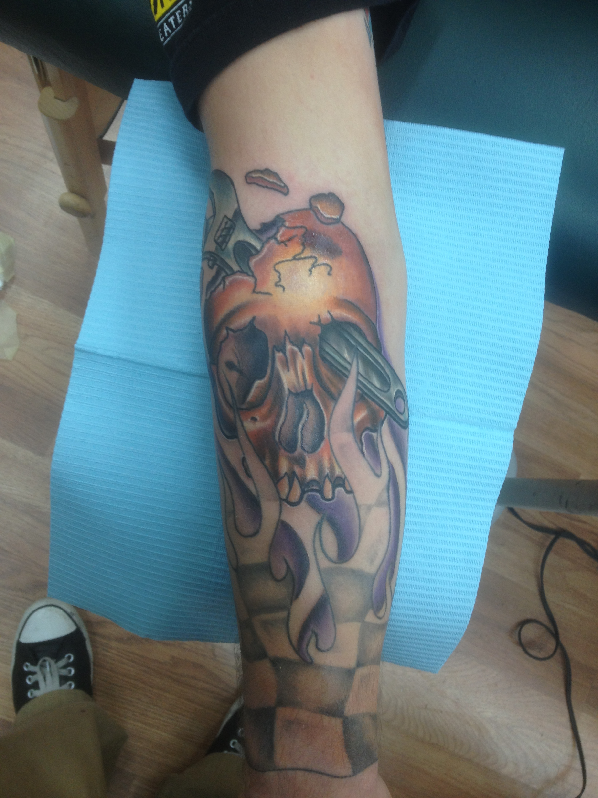 tough_manly_cool_realistic_traditional_illustrative_skull_wrench_gear_head_filler_tattoo_david_meek_tattoos_true_til_death_tattoo_company_ashtabula_ohio