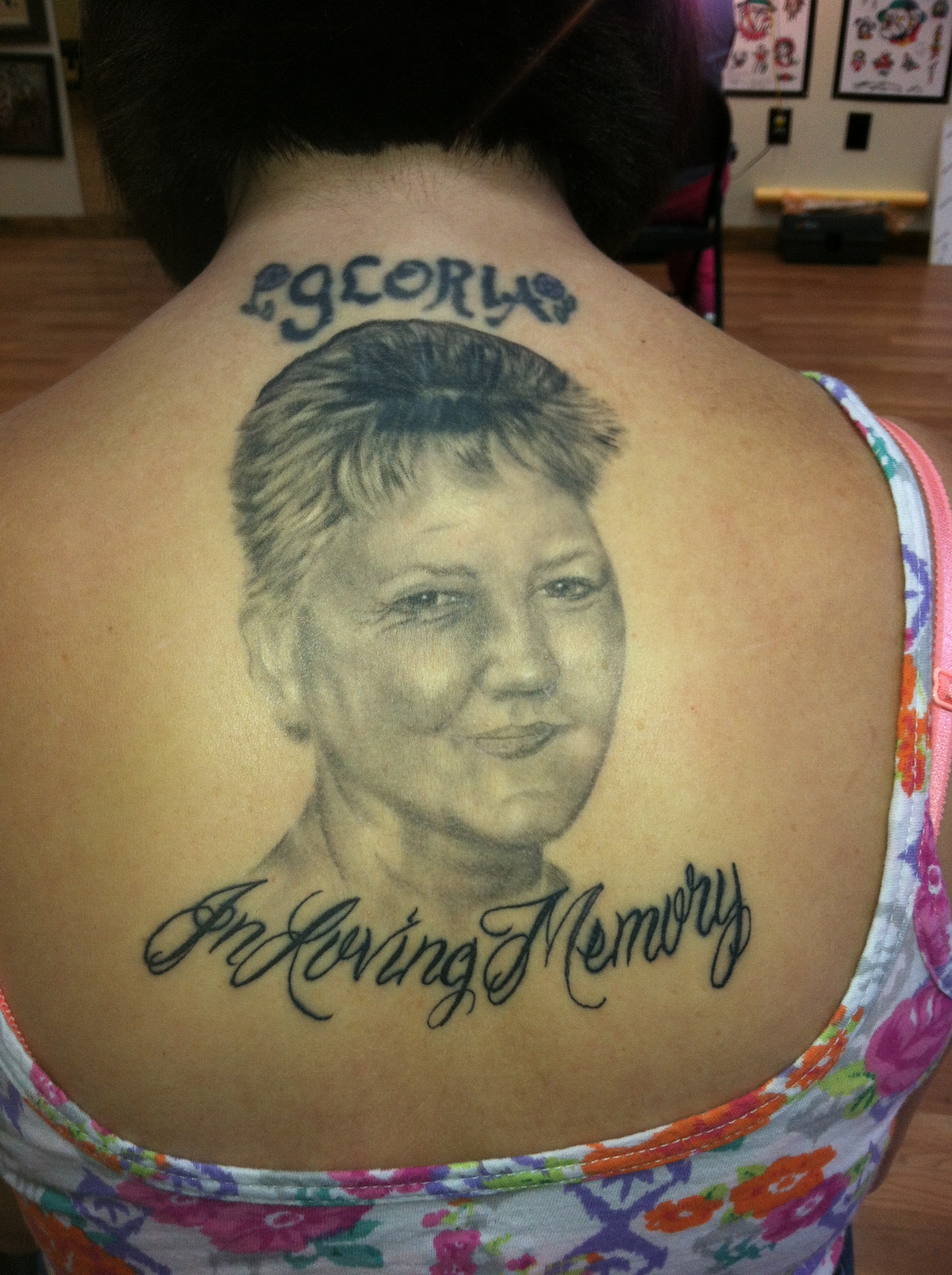 realistic_black_and_grey_memorial_portrait_cover_up_back_tattoo_david_meek_tattoos_true_til_death_tattoo_company_ashtabula_ohio
