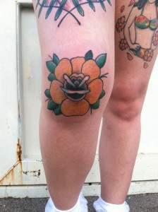 Traditional Rose Knee Tattoo, yellow Rose, David Meek Tattoos, Tucson Tattoo Artist, Tattooer, Fast Lane Tattoo, Girls with Tattoos, girly tattoos, cute tattoos, sexy tattoos Kieth b Machineworks, Bishop Rotary, Kingpin Tattoo Supply, Eternal Ink